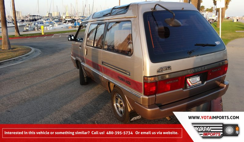 1990 Toyota Town Ace – Skylite Roof – Space Ship full